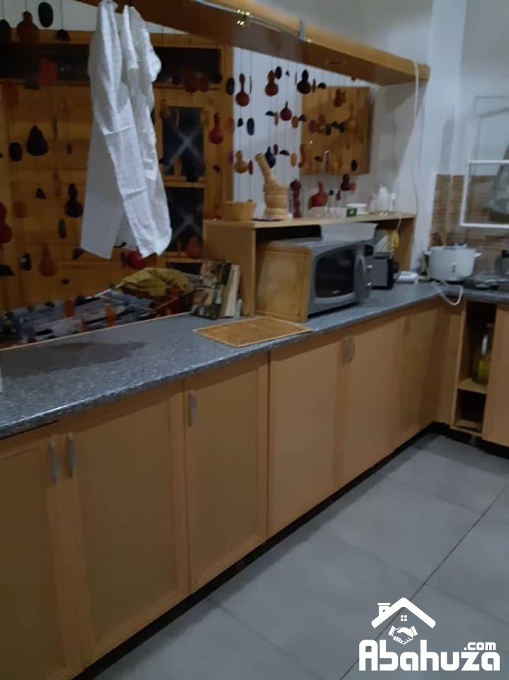 furnished house with a big garden for rent at NYARUGENGE