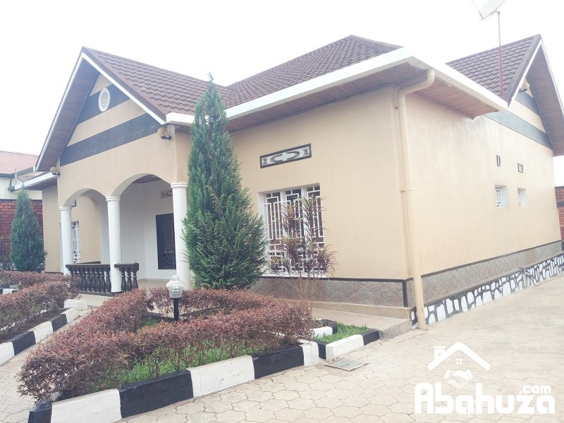 A 4 BEDROOM HOUSE FOR RENT AT GISOZI
