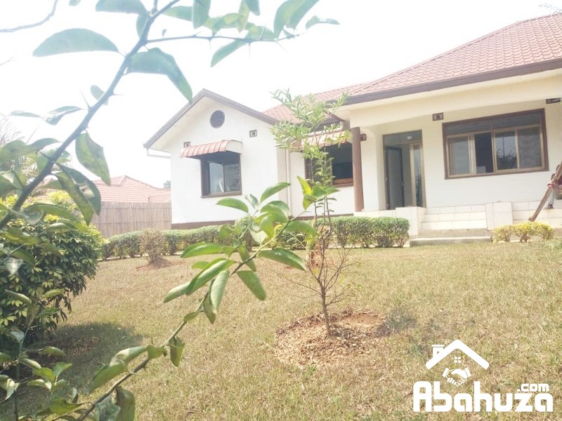 FURNISHED 3 BEDROOM HOUSE FOR RENT AT GACURIRO