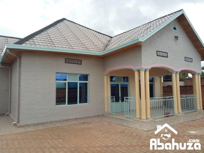 A NICE 5 BEDROOM HOUSE FOR RENT IN KIGALI AT KIMIRONKO