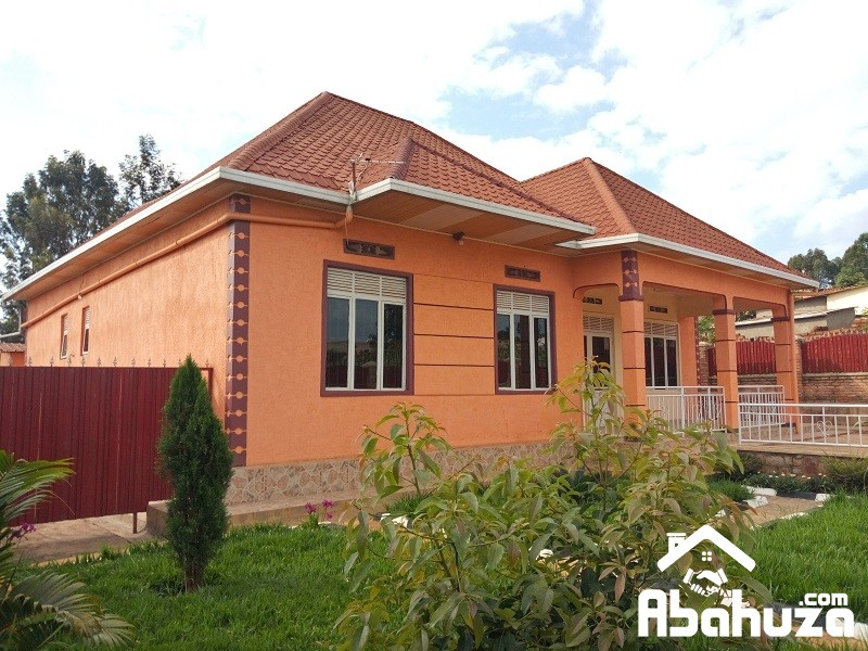 A CONFORTABLE HOUSE FOR SALE IN KIGALI AT BUSANZA