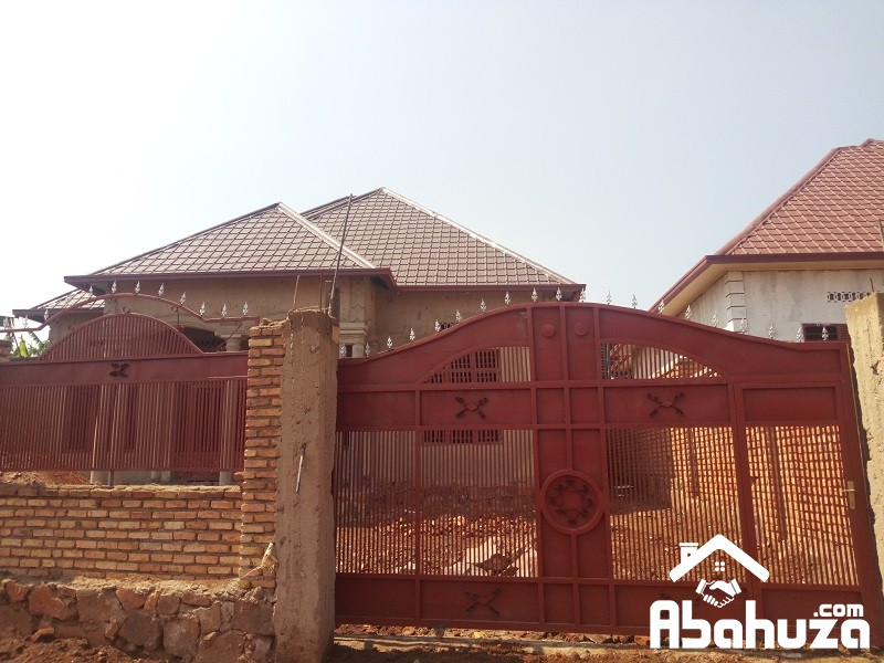 A 4 BEDROOM HOUSE FOR SALE MASAKA-RALGA