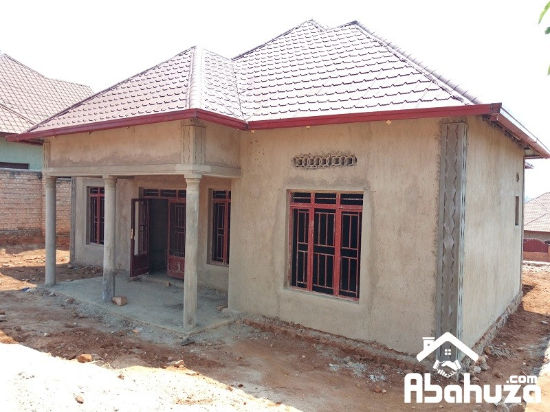 A GOOD PRICE HOUSE FOR SALE AT MASAKA