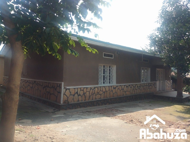 A GOOD PRICE HOUSE FOR SALE AT GISOZI