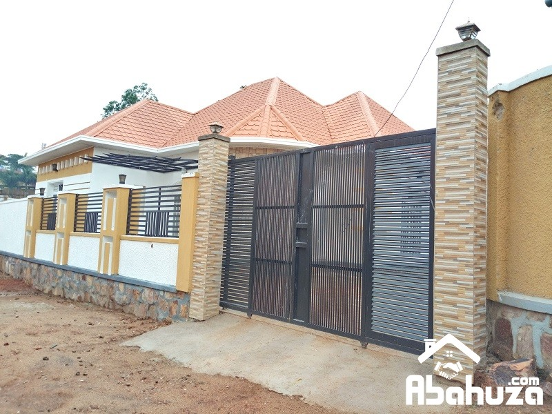 A NEW HOUSE TO SALE AT KIBAGABAGA