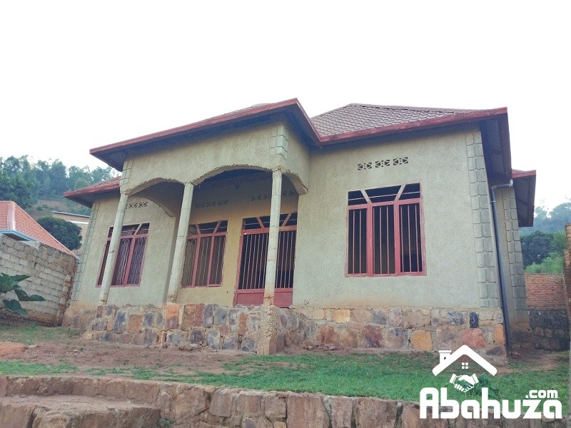A 4 BEDROOM HOUSE FOR SALE AT ZINDIRO