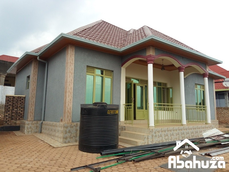 A NICE AND CHEAP HOUSE FOR SALE AT KANOMBE