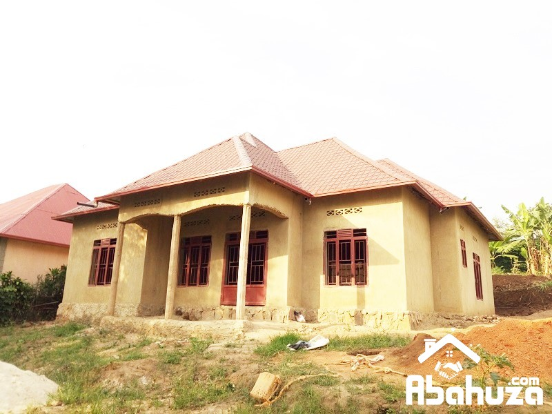 A 4 BEDROOM HOUSE FOR SALE AT KAGUGU