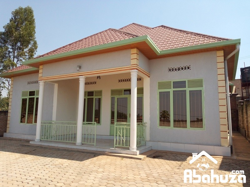 A LOW PRICE HOUSE FOR SALE AT KANOMBE