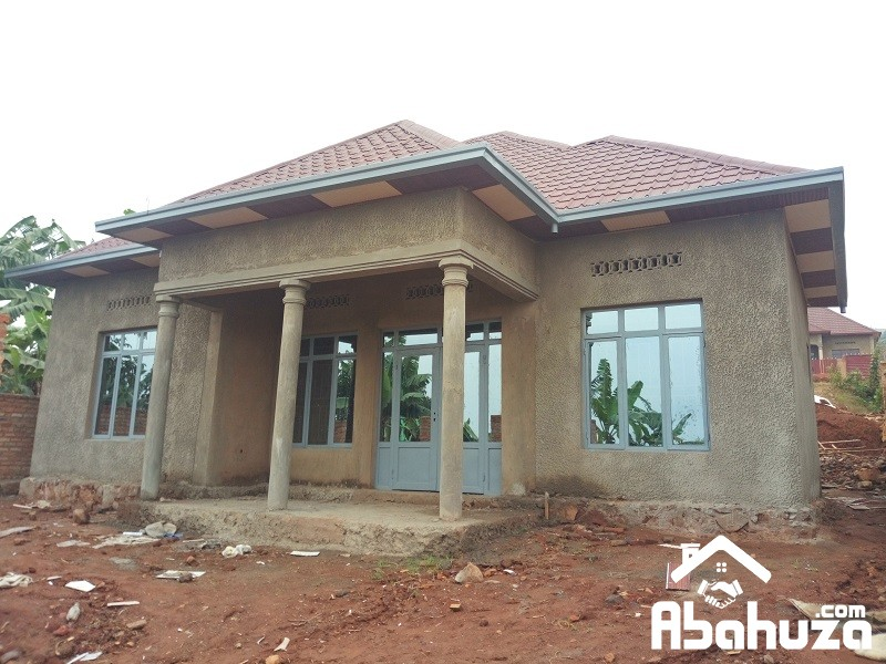 A LOW PRICE HOUSE FOR SALE AT MASAKA