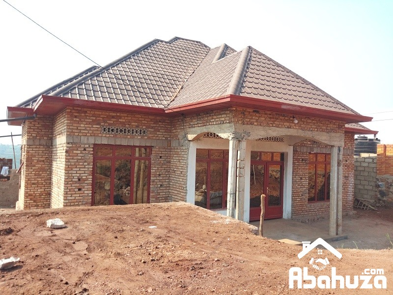 A LOW PRICE HOUSE OF 4 BEDROOMS AT KICUKIRO