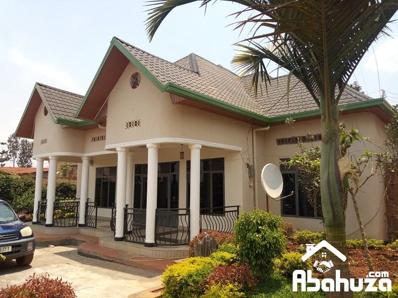 4 BEDROOM HOUSE FOR SALE AT GIKONDO