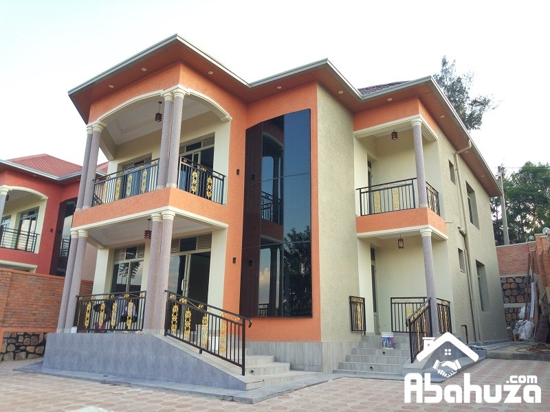 A BRAND NEW HOUSE FOR SALE IN KIGALI AT KIBAGABAGA