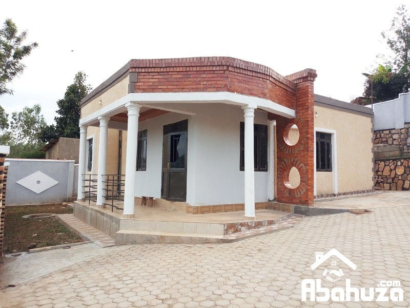 A NICE HOUSE ON GOOD PRICE FOR SALE IN KIGALI AT KANOMBE