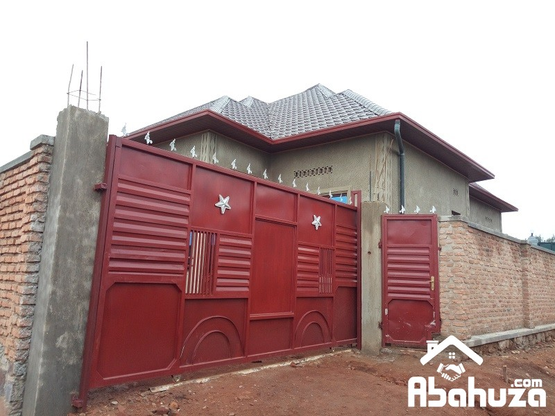 A WELL DESIGNED HOUSE FOR SALE IN KIGALI AT MASAKA