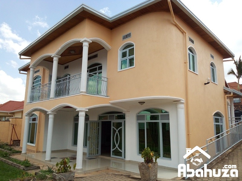 A WELL PRICED HOUSE FOR SALE IN KIGALI  AT KIBAGABAGA