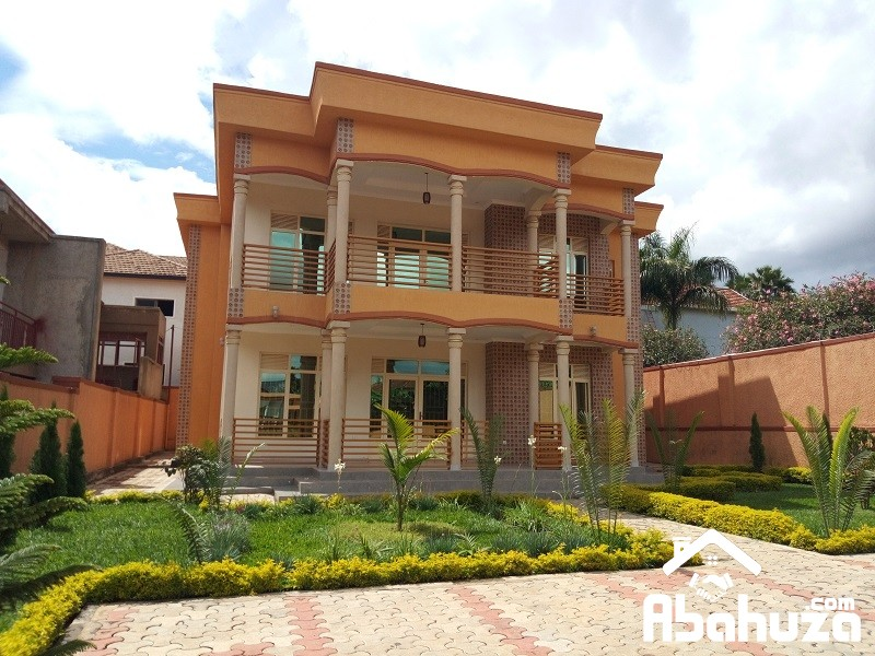 A MARVELOUS HOUSE FOR SALE IN HIGH CLASS AREA IN KIGALI