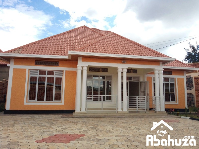 A COMFORTABLE HOUSE FOR SALE IN KIGALI AT KIBAGABAGA