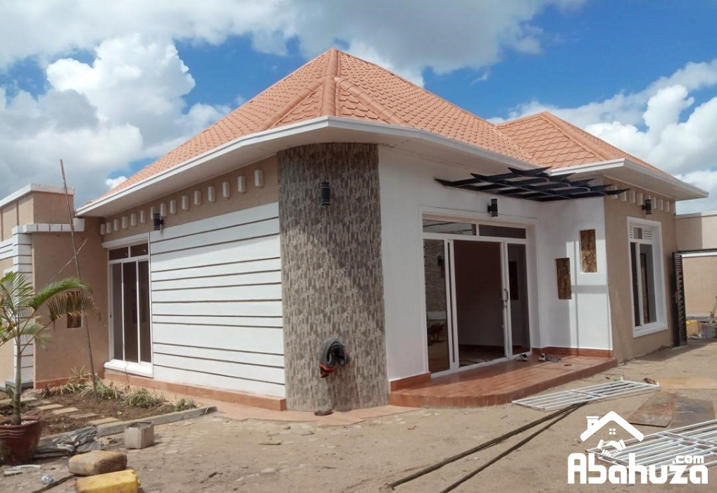A WELL LOCATED HOUSE FOR RENT IN KIGALI AT KIMIRONKO