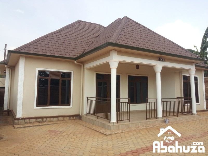A 4 BEDROOM HOUSE FOR SALE IN KIGAL AT KANOMBE