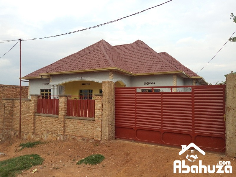 A FINISHED HOUSE FOR SALE IN KIGALI AT MASAKA