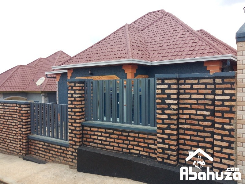 A NEW 4 BEDROOM HOUSE FOR SALE IN KIGAL AT KANOMBE