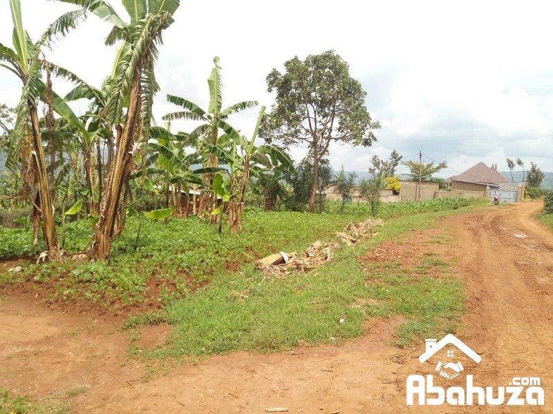 A NICE PLOT IN KIGALI WITH A CONSTRUCTION PERMIT AT NDERA