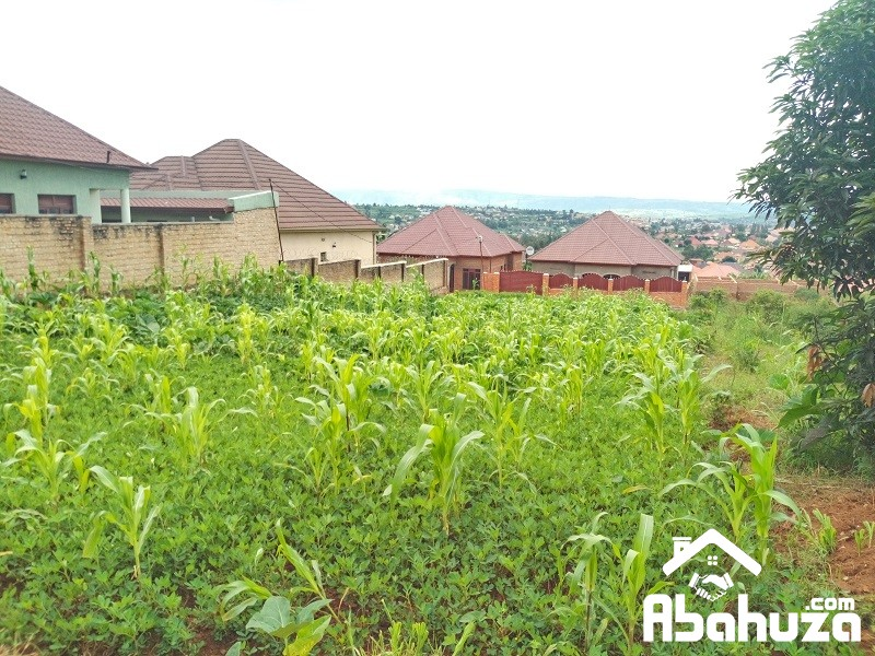 A WELL LOCATED PLOT WITH A CONSTRUCTION PERMIT AT MASAKA