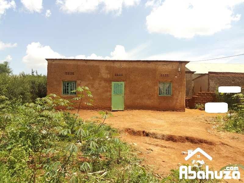 A CHEAP HOUSE FOR SALE AT MASAKA RUSHESHE