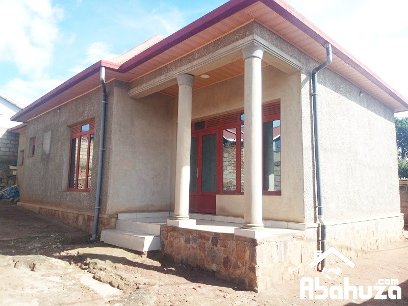 A 4 BEDROOM HOUSE FOR QUICK SALE AT KIMIRONKO