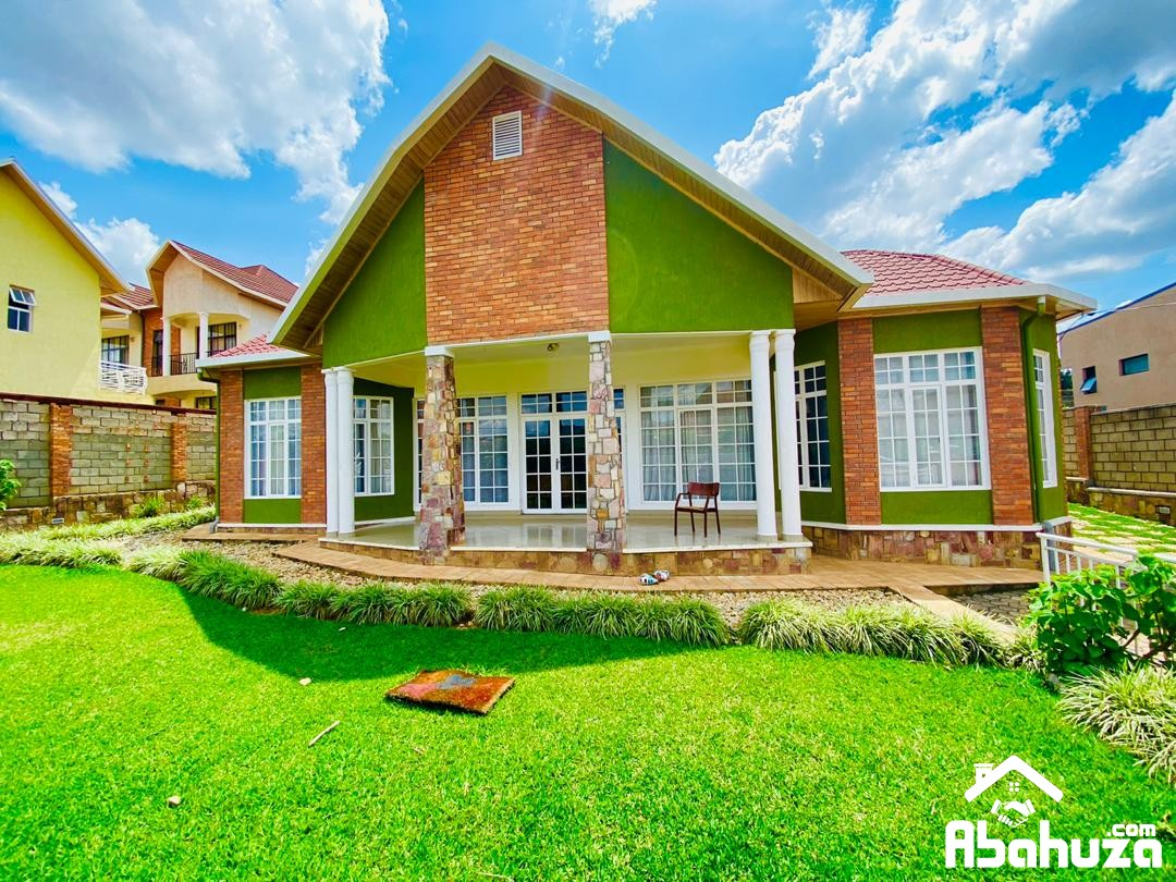 NICE HOUSE WITH A BIG GARDEN FOR SALE AT KIBAGABAGA