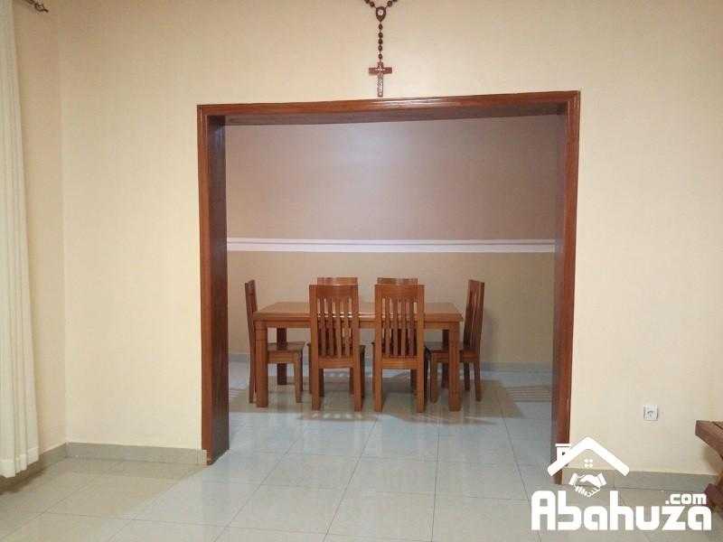 10. Dining room