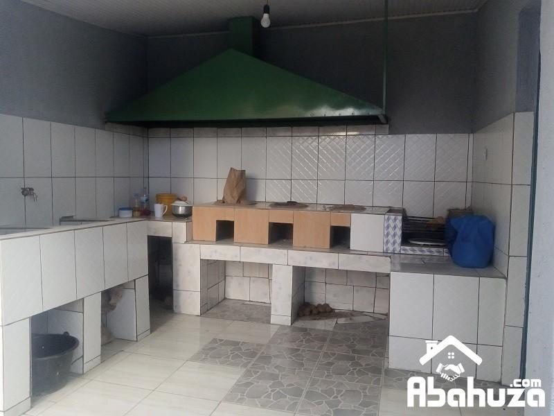 10.Outside kitchen