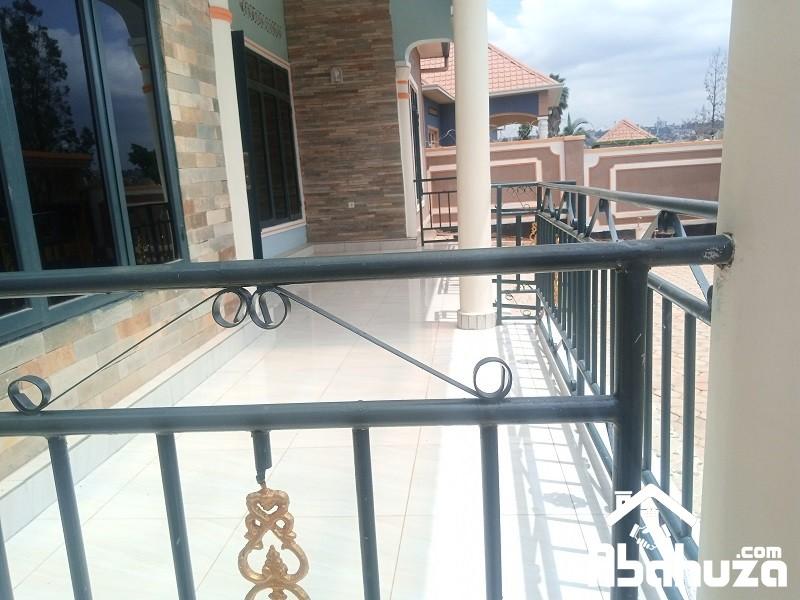 10.Terrace