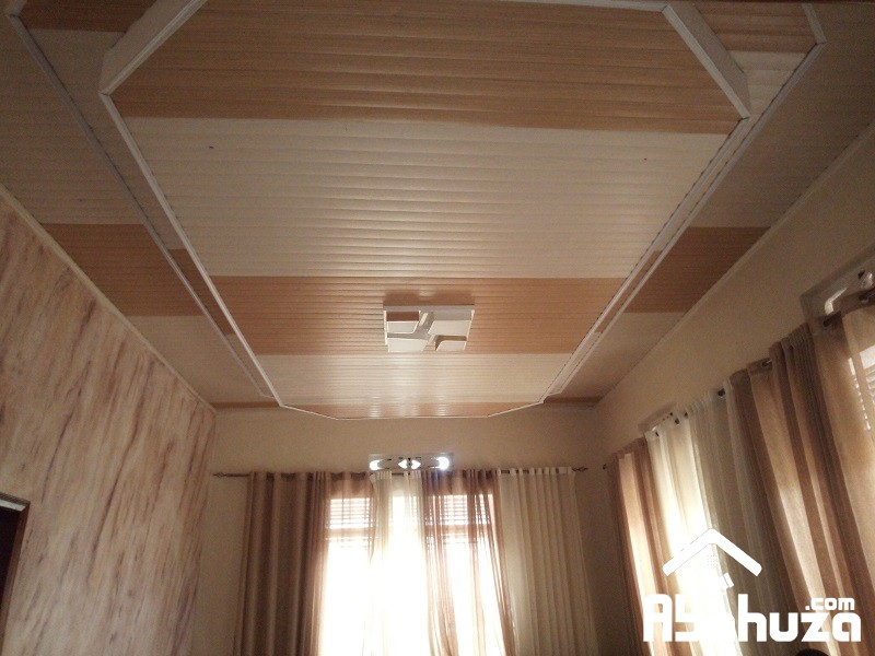 14. Ceiling view