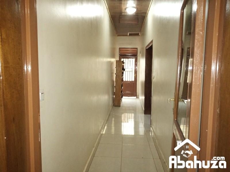 15. Corridor