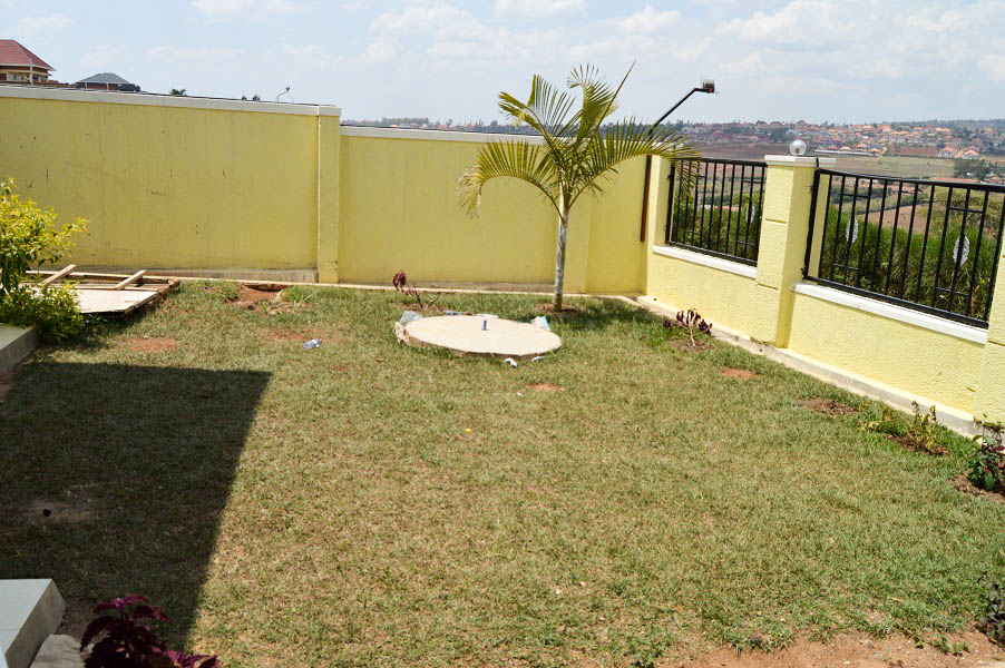 A NEW WELL DESIGNED FOUR BEDROOM HOUSE FOR SALE AT KABEZA