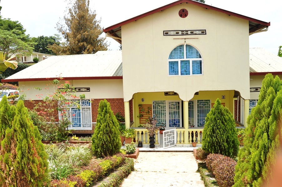 A FIVE BEDROOM HOUSE FOR SALE AT KABEZA