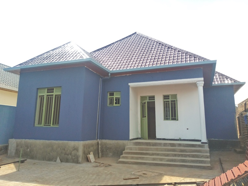 A 4 BEDROOM HOUSE FOR SALE AT KANOMBE IN DEVELOPING AREA