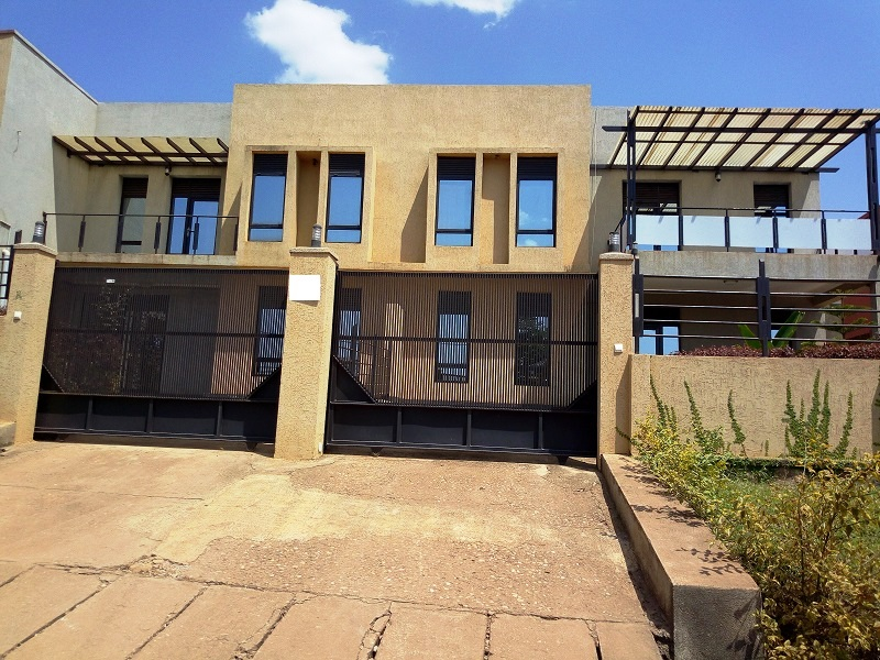 A FURNISHED 2 BEDROOM HOUSE FOR RENT AT KACYIRU