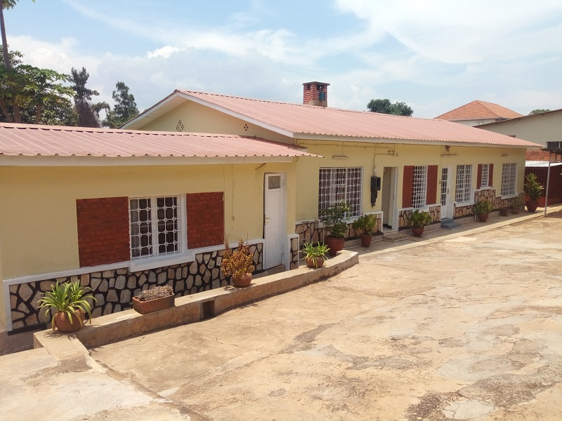 A FURNISHED 4 BEDROOM HOUSE FOR RENT AT KIYOVU