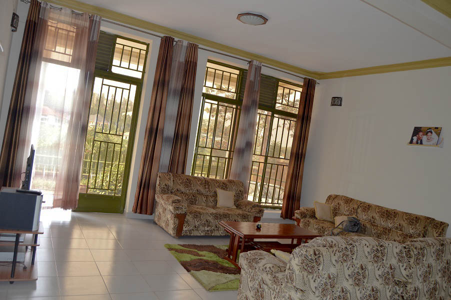 A 4 BEDROOM HOUSE FOR SALE at  REMERA