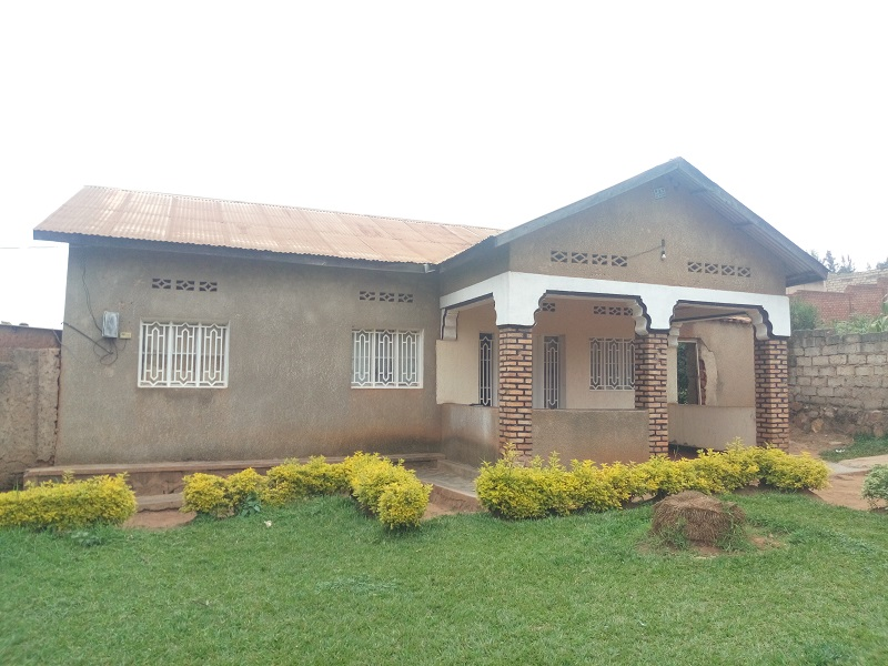A 3 BEDROOM HOUSE FOR SALE AT MASIZI