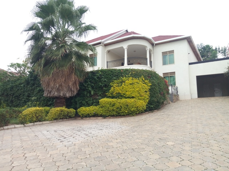 AFURNISHED 6 BEDROOM HOUSE FOR RENT AT NYARUTARAMA