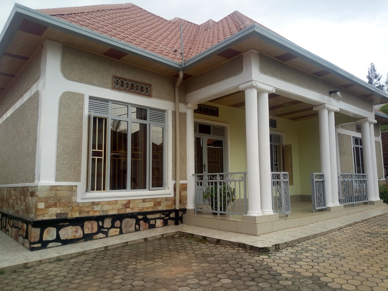 A NICE HOUSE FOR SALE AT KIBAGABAGA