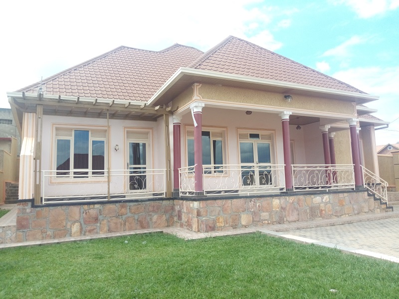 A 4 BEDROOM HOUSE FOR RENT AT KABEZA