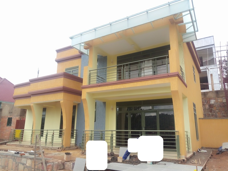 A 5BEDROOMS HOUSE FOR SALE AT KIMIRONKO