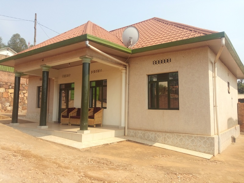 A 4 BEDROOM HOUSE AT KICUKIRO NEAR BUS STATION