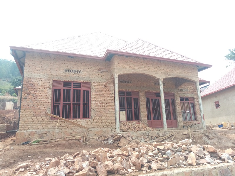 UNFINISHED HOUSE FOR SALE AT ZINDIRO