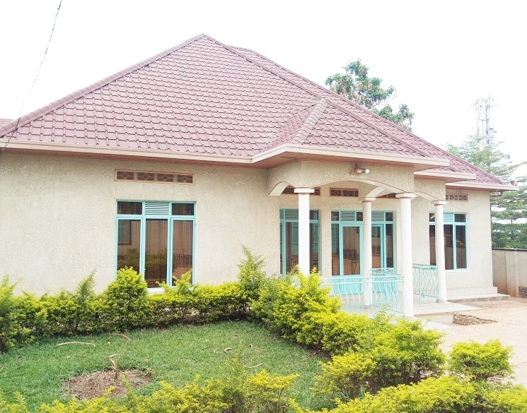 A 4 BEDROOM HOUSE FOR SALE AT NIBOYE
